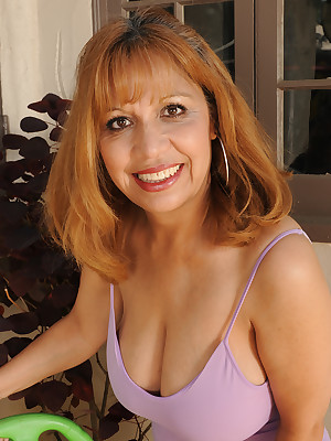Of age Pictures Featuring 47 Savoir faire Age-old Marissa Alien AllOver30