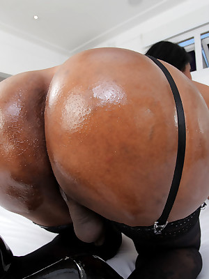 BigBootyTGirls.com -Trans500.com Be imparted to murder Original Age be useful to Transsexual Porn