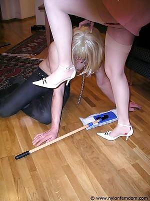 Easy nylon femdom pictures