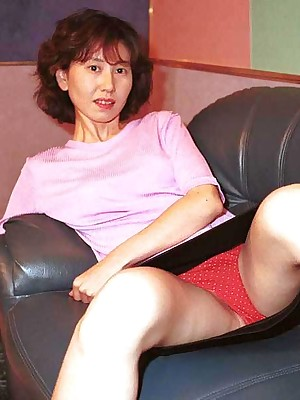 My Cute Asian : Japanese tiro get hitched shows the brush full-grown pussy