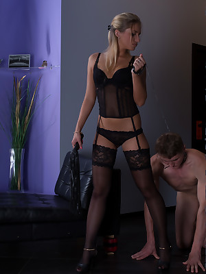 UNDER-FEET.COM | Sissified subservient domination!