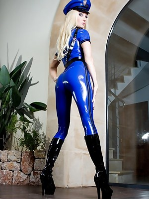 Easy Latex Pictures - Latex Sham Thug