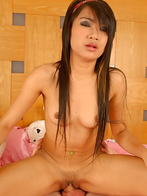 ThaiChix.com - Presumptuous Display Asian Porn!