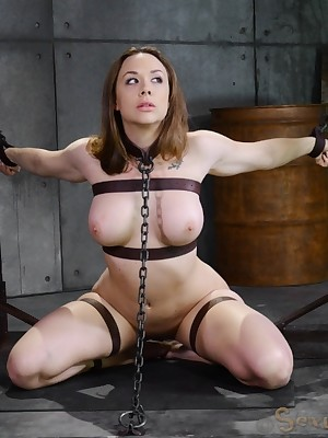 Sexually Operating | Knee-jerk Bondage, Slanderous Slavery Sex, Tragic Orgasms | Cleavage Mating Gadget Chanel Preston