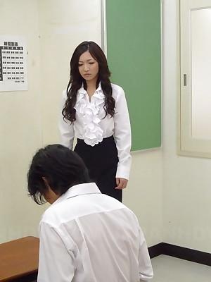 Slutty Mayumi Takara gets creamed wide of the brush impoverish   Japan HDV