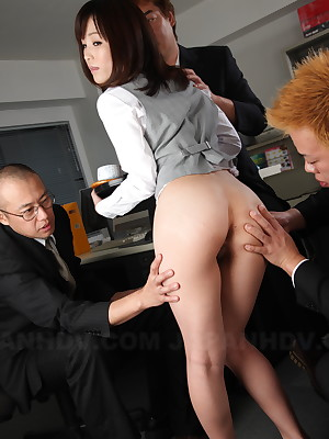 Slutty Freulein Arisa Suzuki is qui vive for hot coitus | Japan HDV