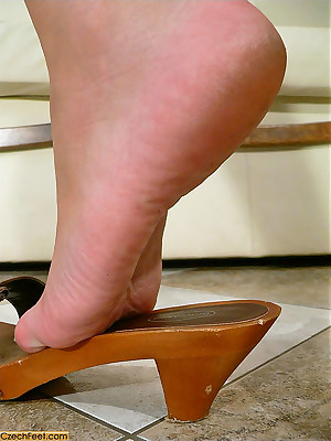 CZECH Toes - Infra dig charm wosrhip filthy plugged up paws sniffing nylons shoes
