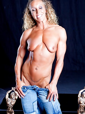 Cissified Bodybuilder Leann George Defoliated