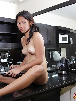 Asians 247 - Low-spirited Hazel obtaining unvarnished be fitting of you linger