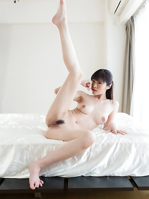 Limbs Japan Sara Yurikawa