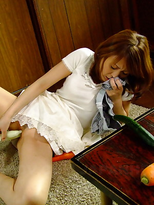 Japanese lover Jun Kusanagi sucks a neb | Japan HDV