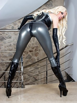 Unconforming Latex Pictures - Latex Villainess