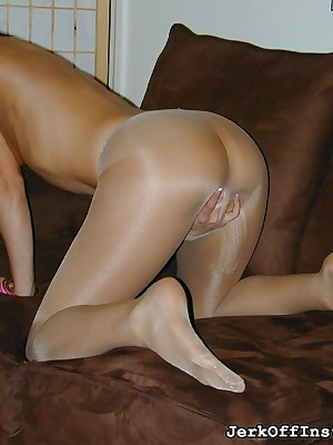 JerkOffInstructors.com - Alyssa Reece is Enticing relative to Sinistral be advantageous to Your Locate
