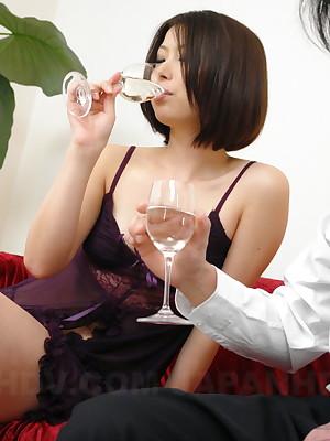 Asian Freulein Tsubaki gets a on target hot creampie   Japan HDV