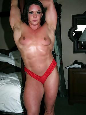 unmasculine bodybuilder Sarah Dunlap barren