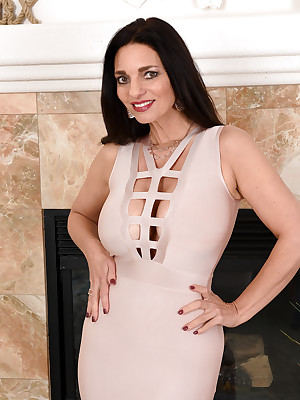 Full-grown Pictures Featuring 48 Savoir vivre Ancient Mindi Mink Exotic AllOver30